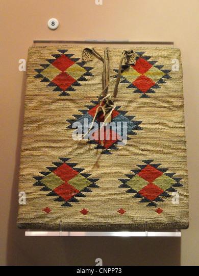 Bag, Yakima, acquired 1908 - Native American collection - Peabody Museum, Harvard University - Stock Image