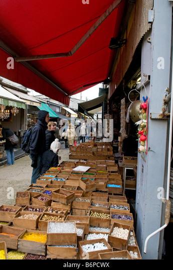 Clignancourt stock photos clignancourt stock images alamy - Marche porte de clignancourt ...