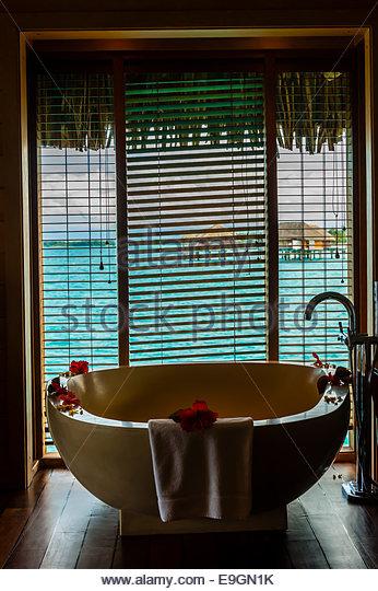interior-view-of-overwater-bungalow-suit