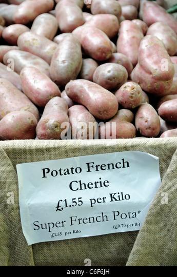 Potato French Cherie for sale at a Farmers Market - Stock-Bilder