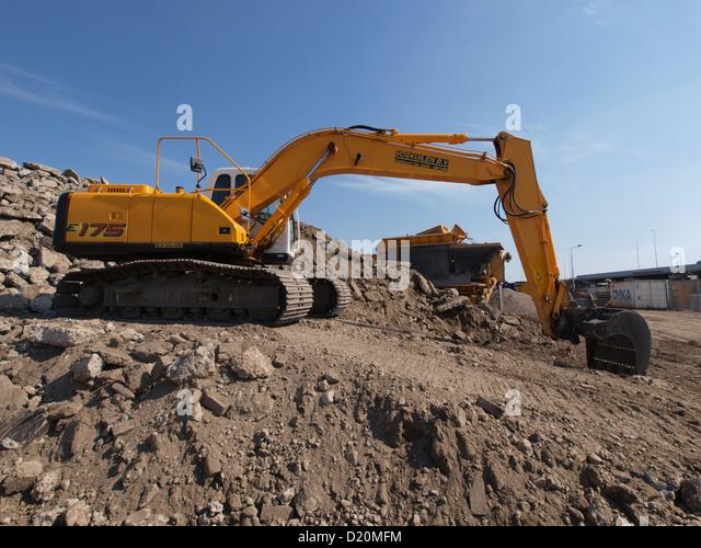 Kobelco Excavator Stock Photos Amp Kobelco Excavator Stock
