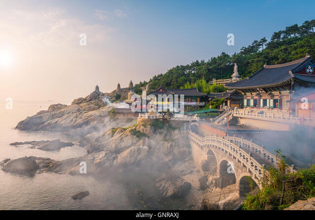 Haedong Yonggungsa Temple in Busan, South Korea. - Stock Image