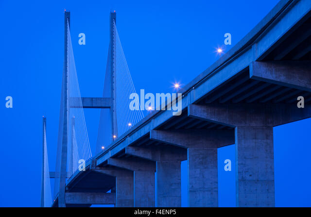 Georgia, Brunswick, Sidney Lanier Bridge, across the Brunswick River, dusk - Stock Image