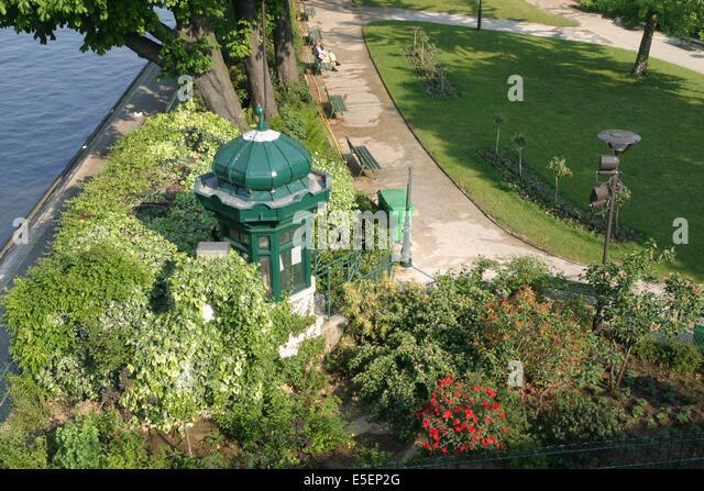 Vert galant garden stock photos vert galant garden stock for Jardin du pic vert