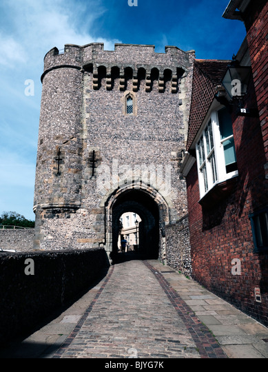 Lewes Castle, East Sussex: 12th-Century Barbican Gateway - Stock Image