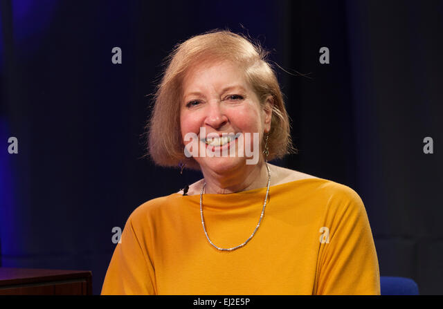 Walsall, West Midlands, UK. 20 March 2015. Writer performer Gail Renard at a recording of 'The David Hamilton Show' - Stock Image