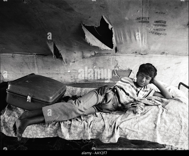 Hard work and harsh living conditions far away from any relatives can be a lonely life It makes this young entertainer - Stock-Bilder