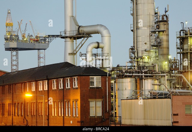 Dundee chemical works,oil refinery - Stock Image