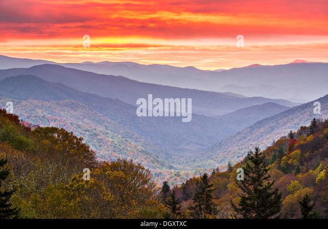 Autumn sunrise in the Smoky Mountains National Park. - Stock Image