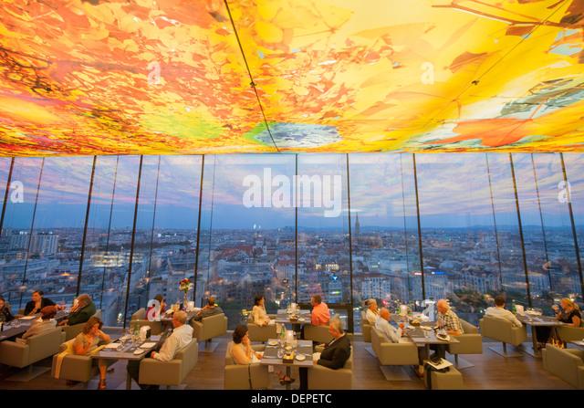 Österreich, Wien 2, Hotel Sofitel Vienna Stephansdom, Praterstrasse 1, Le Loft Bar & Lounge - Stock Image