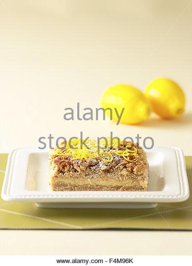 Lemon tart crumb cake - Stock-Bilder