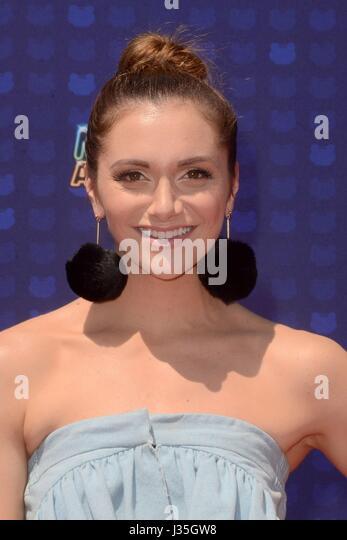 Alyson Stoner at arrivals for Radio Disney Music Awards - ARRIVALS, Microsoft Theater, Los Angeles, CA April 29, - Stock-Bilder