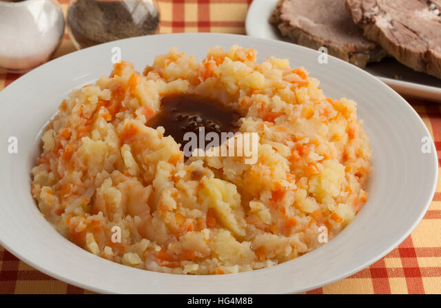 Dish with traditional dutch stew, meat and gravy - Stock Image
