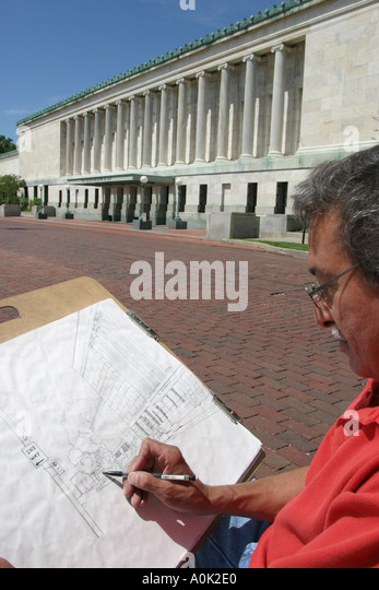 Toledo Ohio Toledo Museum of Art Hispanic male artist sketching sketch drawing - Stock Image