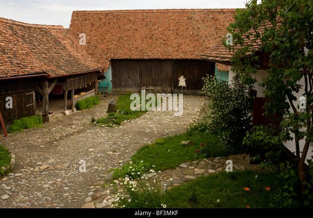 Medieval farming stock photos medieval farming stock images alamy - Saxon style houses in transylvania ...