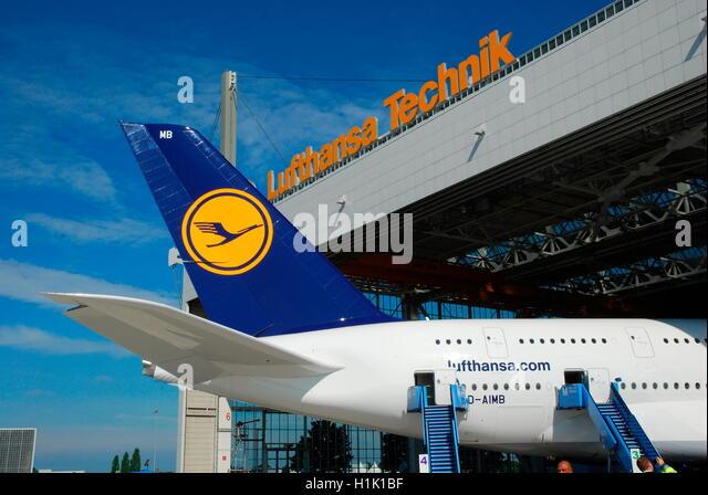 Zivilluftfahrt, Passagierflugzeug, Wartungshalle, Lufthansa, Airport, Muenchen - Stock-Bilder
