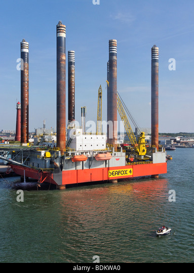 The Seafox 4 is a six-legged, self-elevating accommodation, maintenance and (well) workover unit. - Stock Image