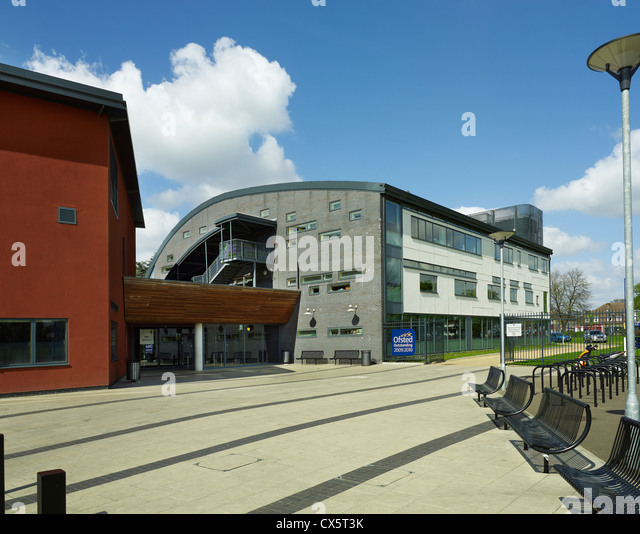 Dartford, Kent. Leigh Technology Academy - Stock Image
