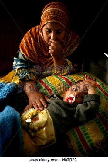Ouf stock photos ouf stock images alamy for Abou hamed cuisine