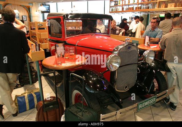New Jersey Newark Liberty Airport antique truck bar airline passengers - Stock Image