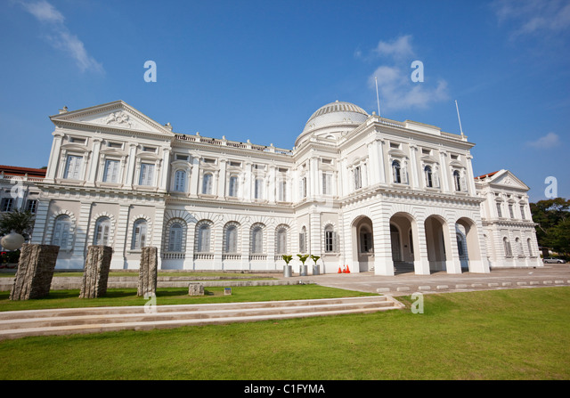 Colonial architecture of the National Museum of Singapore, Singapore - Stock Image