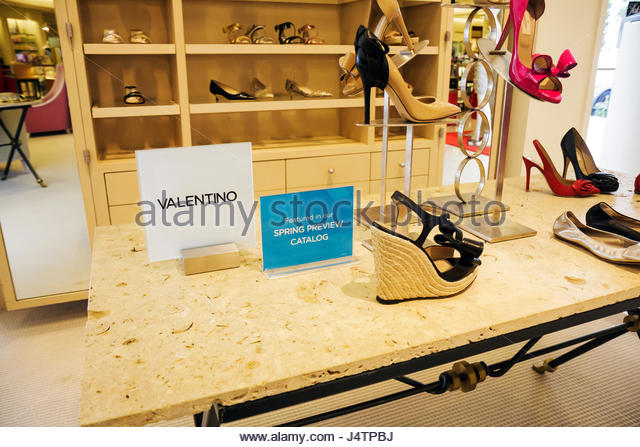 Valentino Store Stock Photos Valentino Store Stock Images Alamy