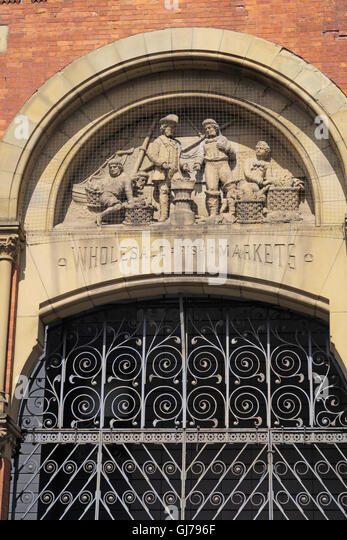 Smithfield old Markets sculpted figures,Manchester city centre, England,UK -Fish sales - Stock Image