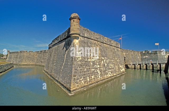 St Augustine Castillo de San Marcos water in moat - Stock Image