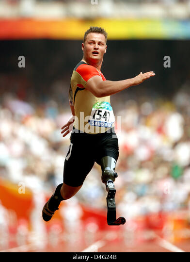 German athelete Heinrich Popow finishes second the 100m at the Beijing 2008 Paralympic Games in Beijing, China, - Stock Image