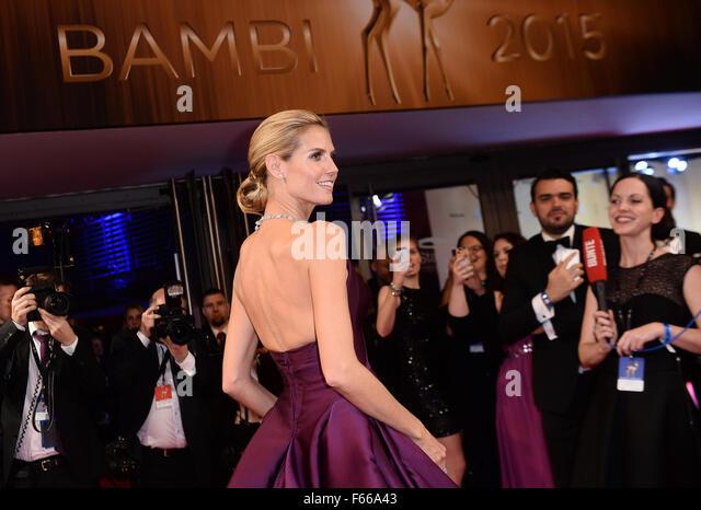 Berlin, Germany. 12th Nov, 2015. Model Heidi Klum arrives at the 67th Bambi awards in Berlin, Germany, 12 November - Stock Image