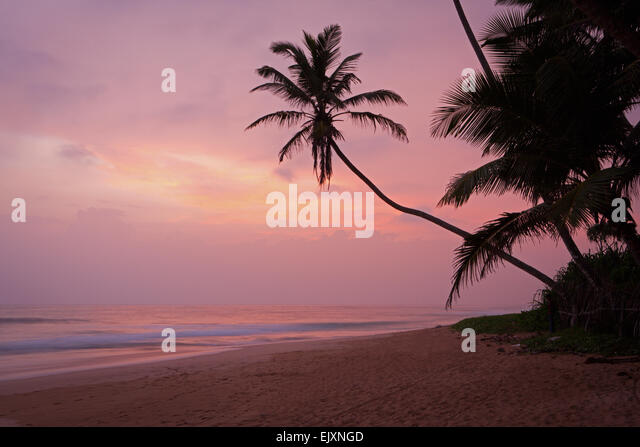 DESERTED BEACH NEAR UNAWATUNA - Stock Image