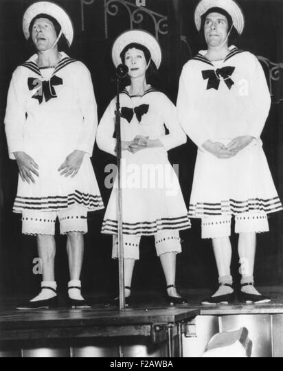 Danny Kaye (left), Vivien Leigh and Laurence Olivier, at a benefit for late Sid Field's family. Field was a - Stock Image
