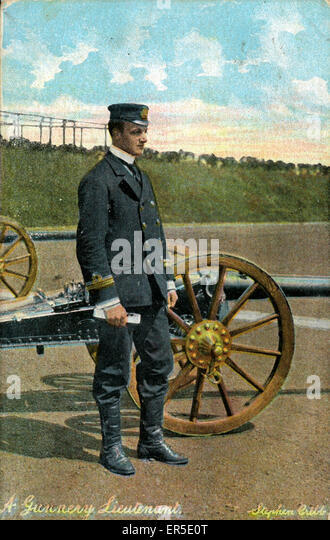 A Gunnery Lieutenant, England. Showing Early 20th Century Cannon  1913 - Stock Image