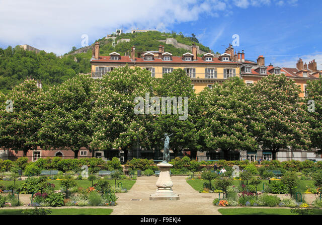 Lesdiguieres stock photos lesdiguieres stock images alamy - Castorama france jardin grenoble ...
