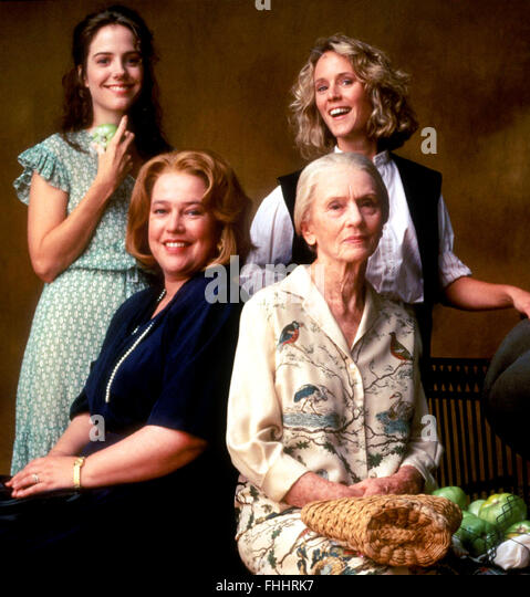an analysis of the film fried green tomatoes directed by jon avnet 1991 The films the color purple (1985) and fried green tomatoes (1991) could not  help but  color purple and idgie threadgoode in fried green tomatoes at the  whistle stop café  ness' producer jon avnet, they are not lesbians, just really,  really good friends  she argues that, with flagg's consent, avnet turned the film.