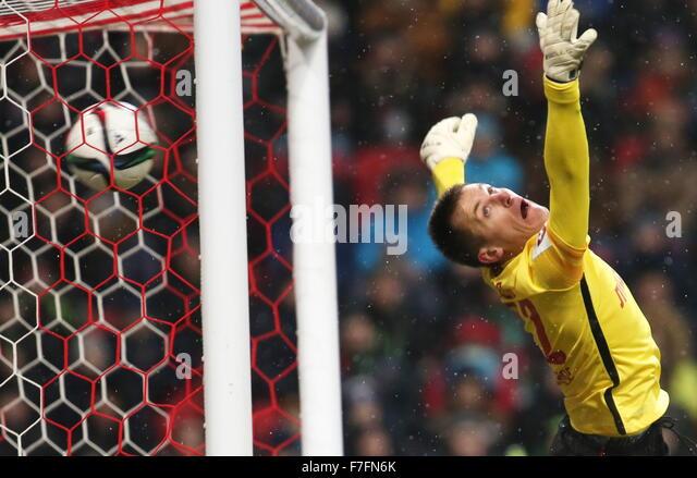Kazan, Russia. 30th Nov, 2015. Spartak's goalkeeper Artyom Rebrov concedes a goal in the 2015/16 Season Russian - Stock-Bilder