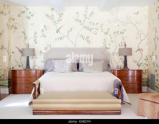Traditional upscale bedroom - Stock Image