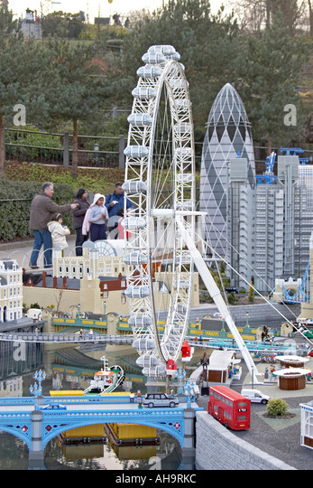 Model of BA London Eye in London area of Miniland in Legoland theme ...
