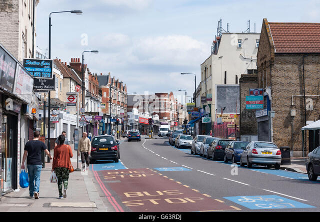 Tooting bec stock photos tooting bec stock images alamy for Tooting broadway swimming pool