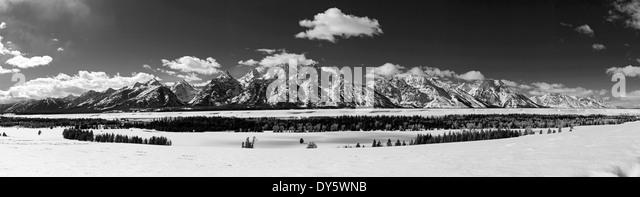Black & white winter panorama view of the Teton Mountain Range, Wyoming, USA - Stock Image