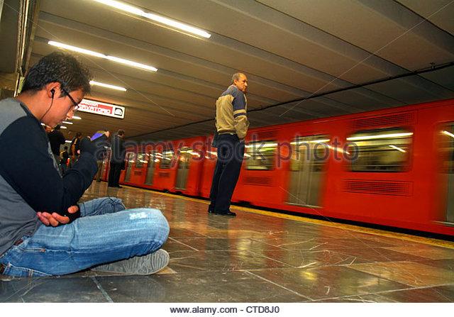 Mexico Mexico City DF D.F. Ciudad de México Federal District Distrito Federal Mexico City Metro subway Chapultepec - Stock Image