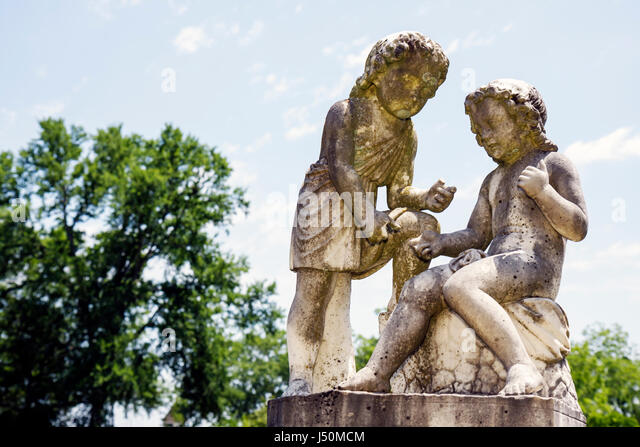 Alabama Greenville Pioneer Cemetery established 1819 classical statue grave monument - Stock Image