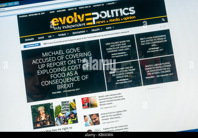 Home page of the British political alternative news website Evolve Politics. - Stock Image
