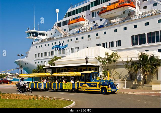 Ordnance Island st george bermuda tour train - Stock Image