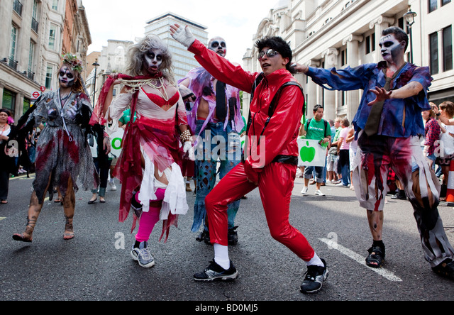 Michael Jackson And Thriller Dancers At Gay Pride London UK - Stock Image