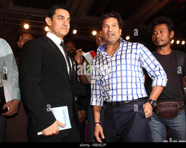 Bollywood actor Aamir Khan Indian crickter Sachin Tendulkar 5th edition of Real Heroes Awards Mumbai India March - Stock-Bilder