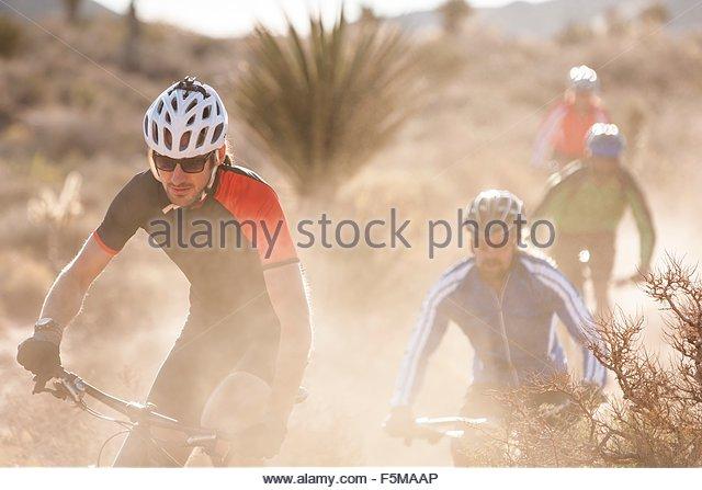 Mountain bikers, Las Vegas, Nevada, USA - Stock Image