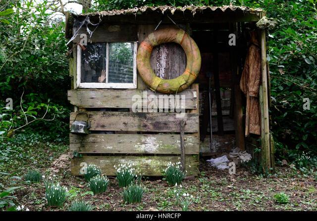 Salvage garden stock photos salvage garden stock images for Garden shed edinburgh sale