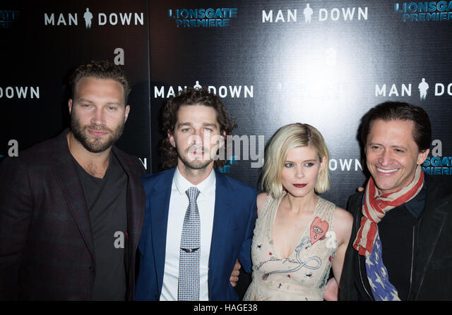 Hollywood, USA. 30th Nov, 2016. Jai Courtney, Shia LaBeouf, Kate Mara, and Clifton Collins Jr. attend the premiere - Stock Image