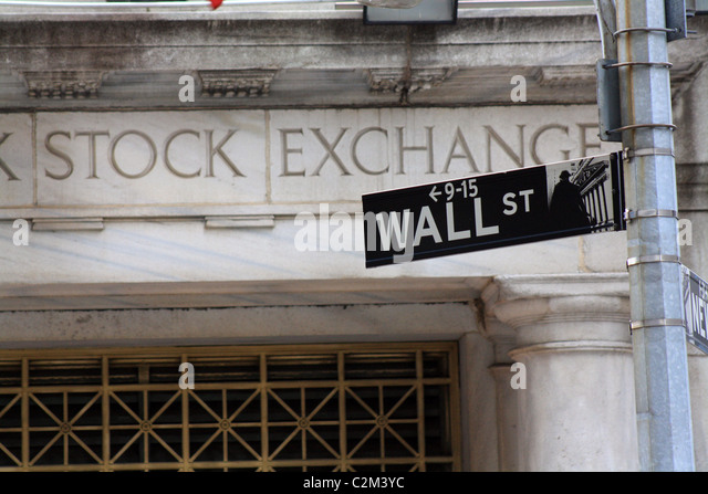 Wall street stock exchange crash stock photos wall for 14 wall street 20th floor new york